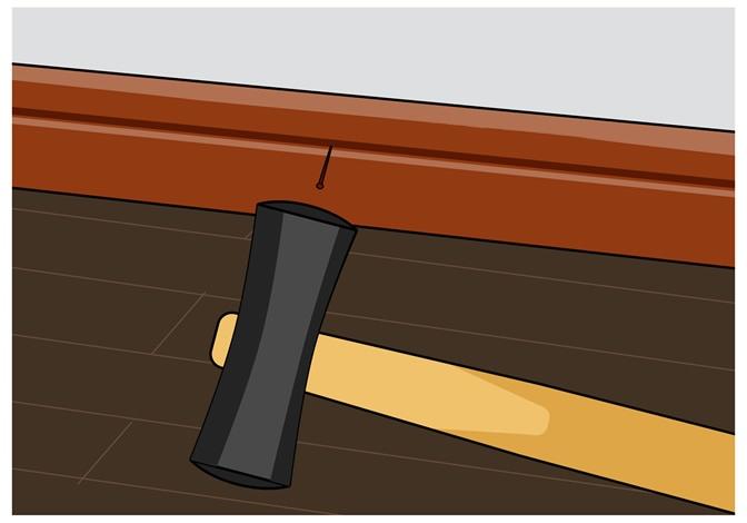 巾木正面の凹部分にカラー釘を目立たないように打ち付ける